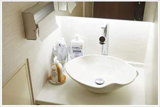 使い捨ての歯ブラシ